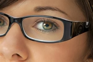 Übernimmt die Krankenkasse die Kosten für Brillen und Kontaktlinsen?