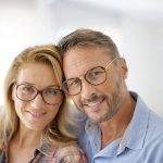 Welche Brille passt zu welcher Frisur?